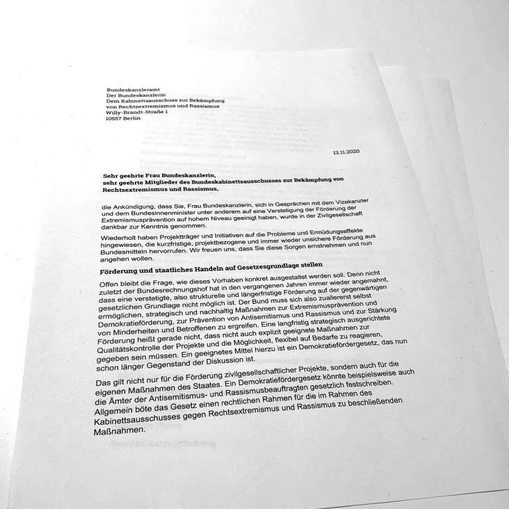 Offener Brief zum Demokratiefördergesetz: CLAIM ist Erstunterzeichnerin